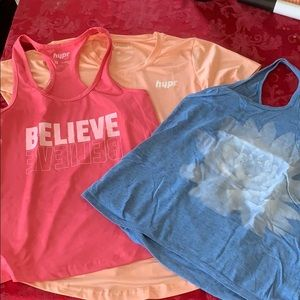 💃🏻B2G1 free- Lot of workout tops-  size S
